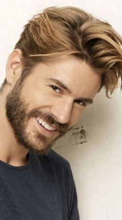 thumbs_mens-floppy-hairstyle-blonde