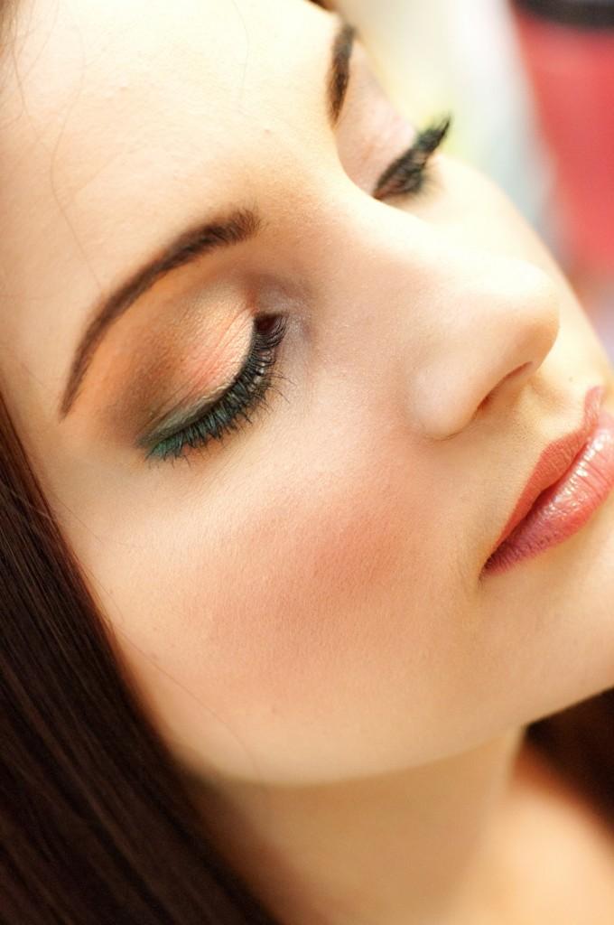makeup artist cottage grove
